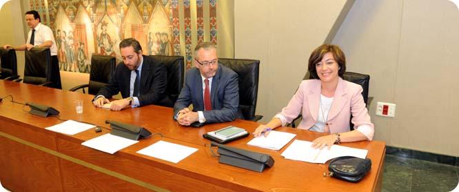 Severa González, primera mujer portavoz del grupo parlamentario popular en la Asamblea